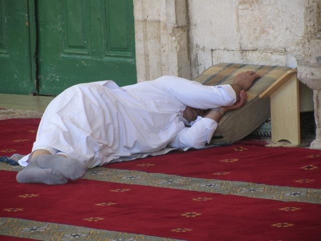 023 Muslim Man