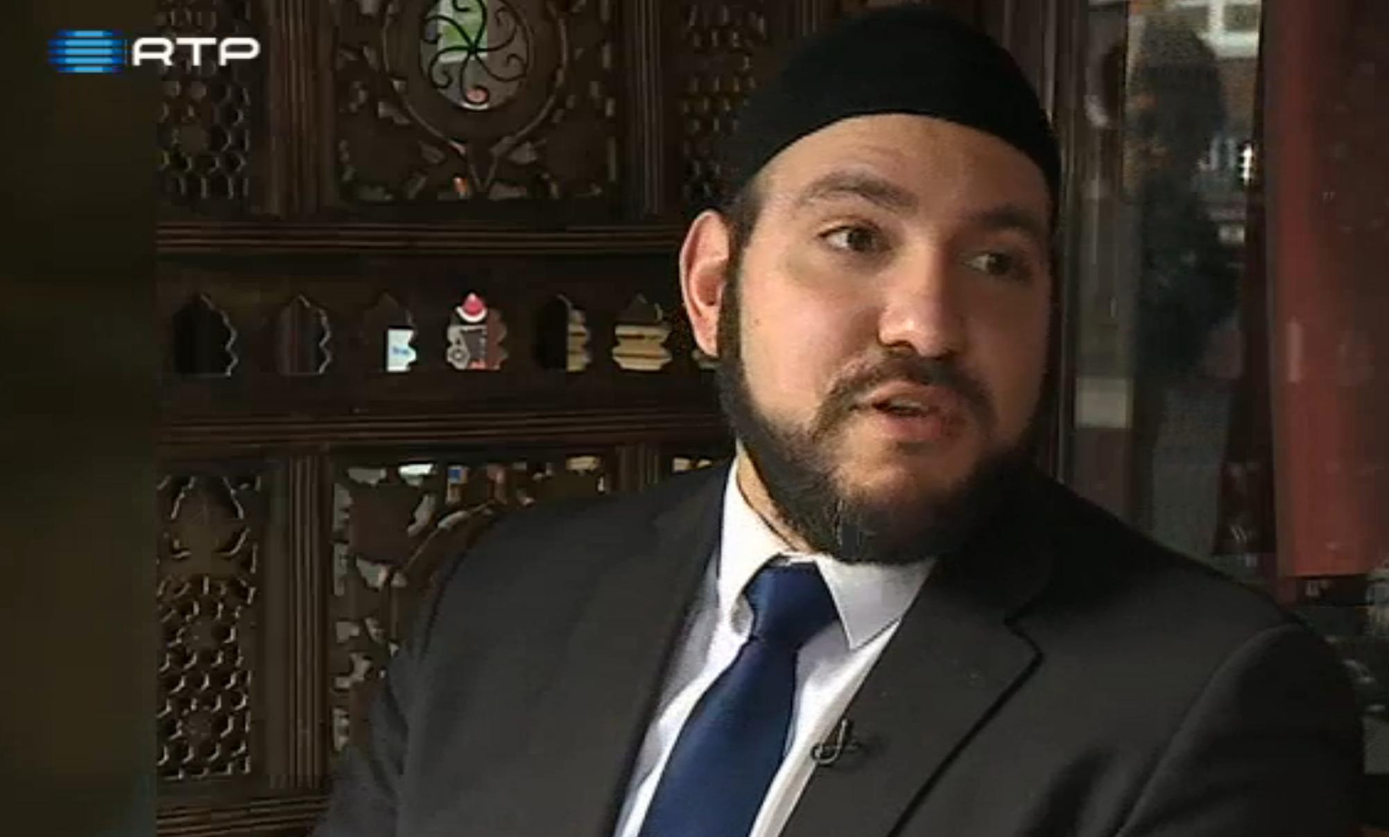 TV Noticias: Por que alguns jovens juntar grupo terror ISIS apesar Islam condena o terrorismo? Abdullah al Andalusi no RTP [Portugal]